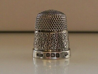 Henry Griffiths & Sons Silver Thimble Hallmarked Birmingham 1926