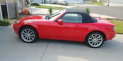 2007 Mazda MX-5 Miata Convertible 2007 Mazda MX-5/Miata - Very Good Condition - Low Miles - MUST SELL