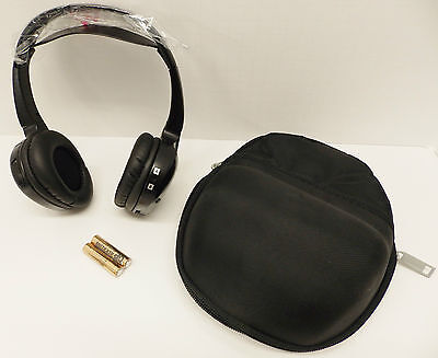 LR020214 & YIN500030 OEM M.Y. 2005-2012 Range Rover DVD Headphones and Case