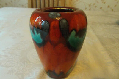 Poole Pottery -11 cms   Vase  Excellent condition