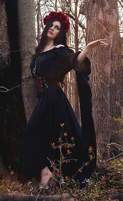 Reminisce  Renaissance Faire Pirate Fairy Witch Sorceress By The Tree Chemise