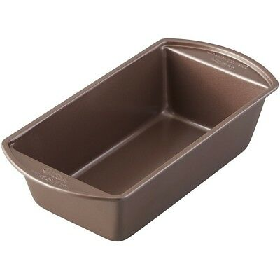Wilton 2105-0205 Chocolate Coloured Loaf Pan, 23cm x 13cm. Brand New