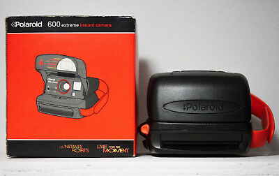 VINTAGE POLAROID 600 Extreme INSTANT CAMERA BOXED With Manual