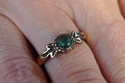 British Uk Metal Detecting Find Stunning Medieval Tudor Ladies Ring Green Stone