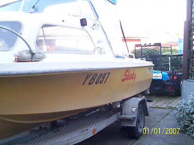 fibre glass fishing boat and trailer