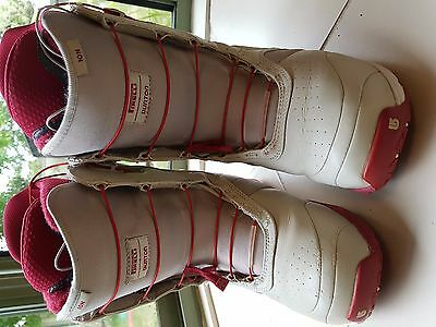 Burton Ion Snowboard Boots US9 in good condition