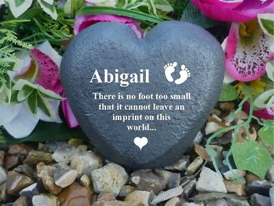 Memorial Heart - Personalised - Weatherproof - Freestanding - Baby Loss - B Feet