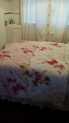 quilted single pink and white reversible floral bedspread