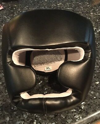 MMA boxing headgear xl Black Great Condition