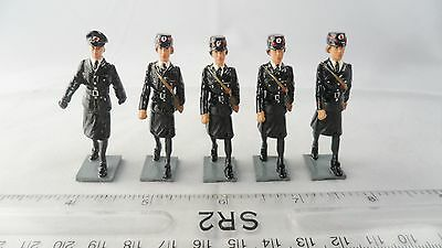 Solid Cast - 2Nd World War Painted Womens Fire Service With Officer - See Below