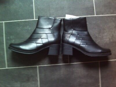 Ladies Black Boots Size 5 NWB By Shoe Zone