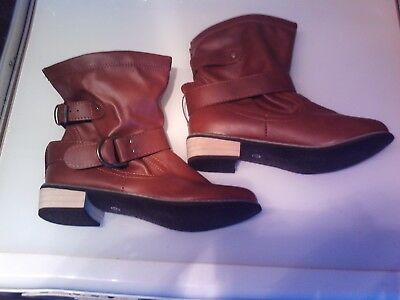 Ladies Brown Ankle Boots Size 5 NWOB