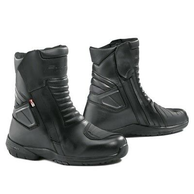 Forma Fuji motorcycle boots, mens, black, touring street road waterproof gear