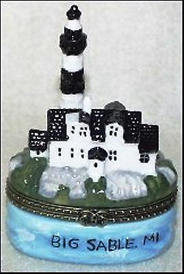 BIG SABLE, MI LIGHTHOUSE-Porcelain Hinged-Box-from THE LIGHTHOUSE SERIES