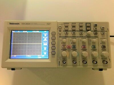 Tektronix TDS2024 Oscilloscope 200 MHz 4 Channels 2 GS/s Works Great Refurbished