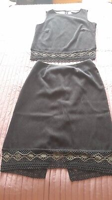 Vintage Wallis velvet feel and lace top and skirt - size 14