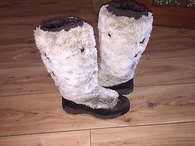 merrell waterproof boots Size Uk 5.5