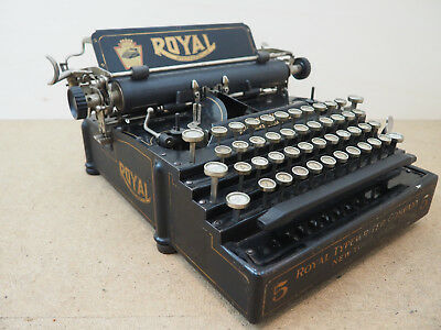 Antique Typewriter ROYAL 5 FLATBED machine a écrire Schreibmaschine 打字机 آلة كات