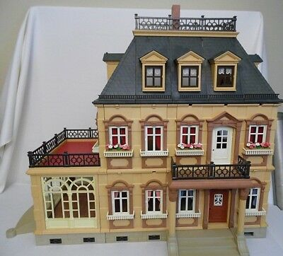 Playmobil #5300 Victorian Mansion Dollhouse with some Figures, Furniture and Acc