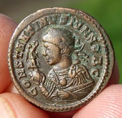 SUPERB  !!!! AE3  FOLLIS  of  CONSTANTINE II  317 - 337 AD - TRIER mint