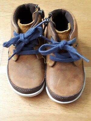 Lovely Baby Boy's CLARKS Ankle Boots UK Size 4F