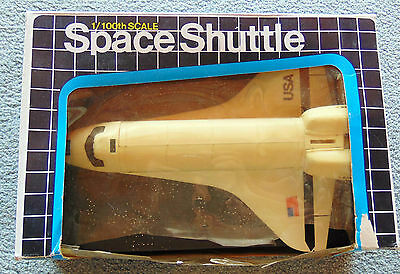 Space Shuttle Columbia - 1/100 HD-8206  - [BOX Poor] New
