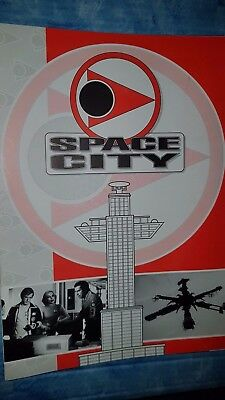 Space City  Convention -Gerry Anderson Magazine/ UFO/ Space 1999/ THUNDERBIRDS