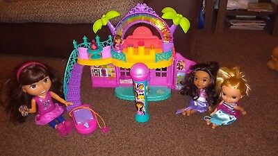 Dora amd Friends Toy Bundle, including dolls and playsets