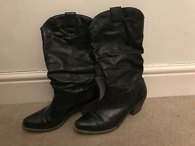Black Cowboy Boots With Wooden Heel - Size 6