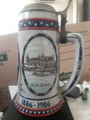 Stroh Beer Large Stein Ellis Island The Statue Of Liberty 1886-1986