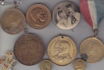 9 Royalty Medals,badges & Buttons, Victoria To George Vi   E9