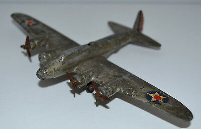 DINKY TOYS No 62G BOEING FLYING FORTRESS AIRCRAFT
