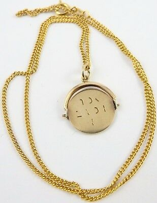 """9ct yellow gold """"I Love You"""" spinner pendant on 16 inch chain."""