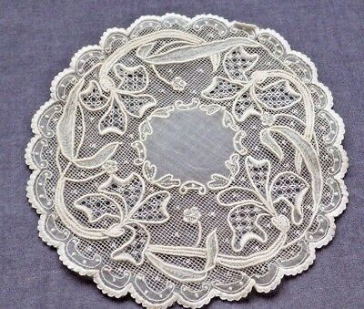 """OUTSTANDING Needlework Small PINA CLOTH Lace Doily, Iris Flowers, About 6"""" Acros"""