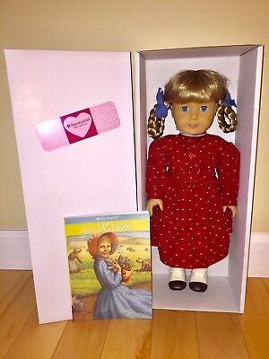 NEW American Girl KIRSTEN Doll in SCHOOL Outfit, Amber Necklace with Meet Book
