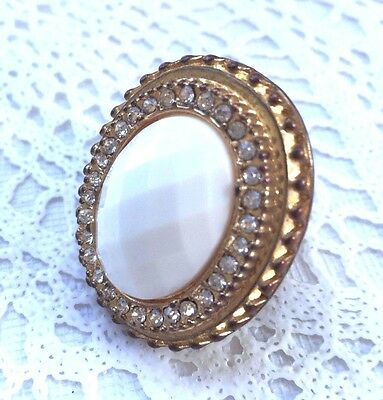 Vintage Gold Tone White Faceted Plastic Clear Rhinestone Statement Ring Size 6.5