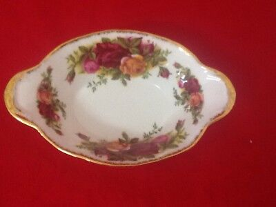 Royal Albert Old Country Roses Oval Bowl /England / Mint 1 st Quality