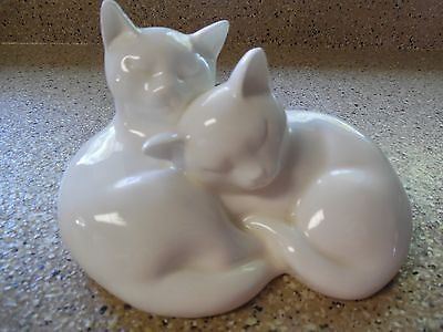 Royal Doulton White cats Sleeping Images of Nature Sleepy Heads