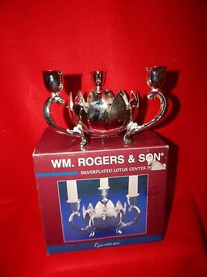 VTG NIB WM ROGERS Holiday Silver Plate Candle Holder Flower  Center Piece (A2)
