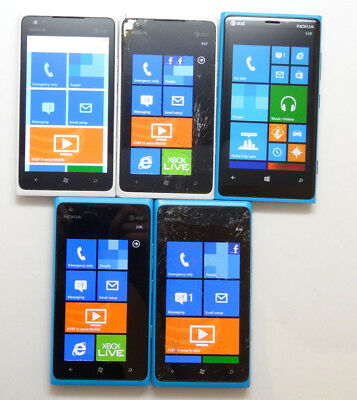 Lot of 5 Nokia AT&T Smartphones 4 Lumia 900 & 1 Lumia 820 AS-IS GSM