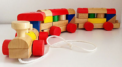 Voila - Train en Bois Multi Activité / Early Learning Wooden Train - NEUF / NEW