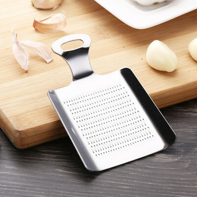 Durable Kitchen Cooking Hand Grater Tool Garlic Cutter Grinding Wasabi Ginger