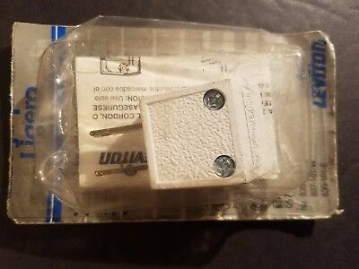 NEW Leviton 101W 15 Amp, 125 Volt 2-Pole 2-Wire, Non-Polarized Angle Plug, White