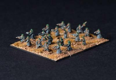 20 pcs Trench coat infantry - Imperial Guard Epic scale as Death Korpse of Krieg