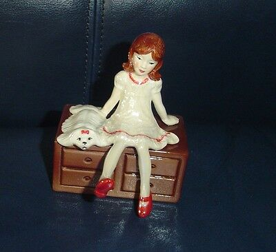 Hagen Renaker Specialty Girl Sitting on a Chest of Drawers, Ex. Condition