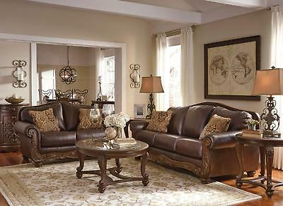 ROMANO TRADITIONAL LIVING Room Wood Trim & Brown Leather ...