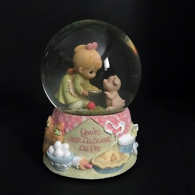 "***RARE*** Precious Moments Musical Snow Globe ""You're Just As Sweet As Pie"""