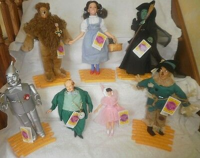 7 Wizard of Oz Dolls Yellow Brick Road Set of 7 by Presents Hamilton Gifts Toto