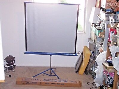 "Vintage  Da-Lite Silver Flyer Portable Film Projection Screen 40""X40"""