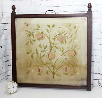 Antique Mahogany Framed Embroidery Fire Screen - FREE P&P [PL3995]